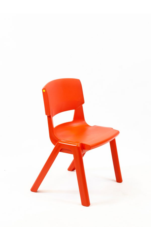 Postura + EN3 Chair Poppy Red